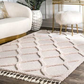 "nuLOOM Ivory Plush High Low Trellis Kids Tassel Shaggy Area Rug - 6' 7"" x 9' 