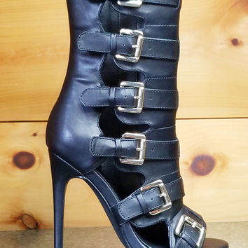 """Nelly Lola Black Ankle Boots - 4.75"""" Heels"""