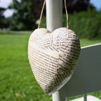 12 Hanging Hearts (3D) for Book Lovers - Book Page Wedding Aisle Decoration