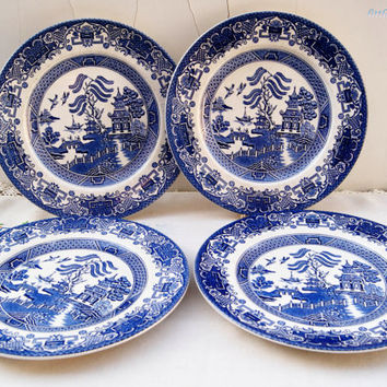 Four Vintage ' Old Willow' pattern Ironstone plates by Washington pottery and by English Ironstone pottery
