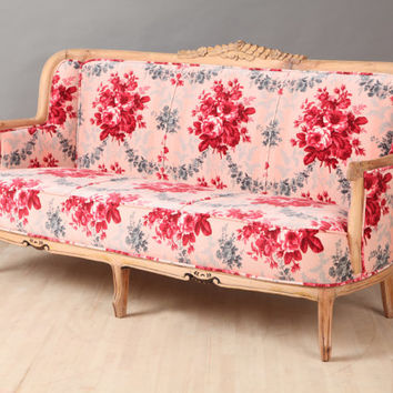 Vintage Sofa - red rose