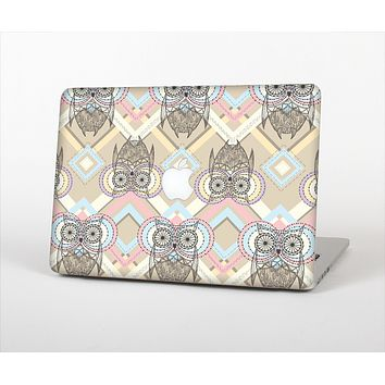The Vintage Abstract Owl Tan Pattern Skin Set for the Apple MacBook Air 11""