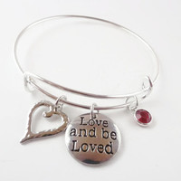 Valentine Day Gift ~ Bracelet , Girlfriend Gift , Gift for Wife, Heart Jewerly , Gift for her , Alex and Ani Inspired , Daughter Gift