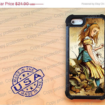 SALE iPhone 5 case with extra protection - Alice in Wonderland iPhone 5 hard case, 2 piece rubber lining case