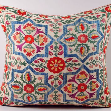 Handmade Suzani Pillow Cover nsp8-28, Suzani Pillow, Uzbek Suzani, Suzani Throw, Boho Pillow, Suzani, Decorative pillows, Accent pillows