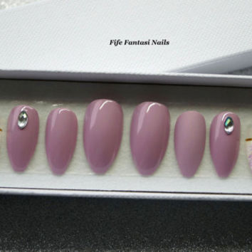 Purple Coffin Nails, Matte Stiletto Nails, Press on Nails, False Nails, Fake Nails, Kylie Jenner, Acrylic Nails, Swarovski Nails, Nail Art