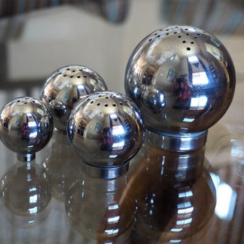 1935 Art Deco Chrome Sphere Table Service Set by Russel Wright for CHASE | Salt & Pepper, Sugar Shakers