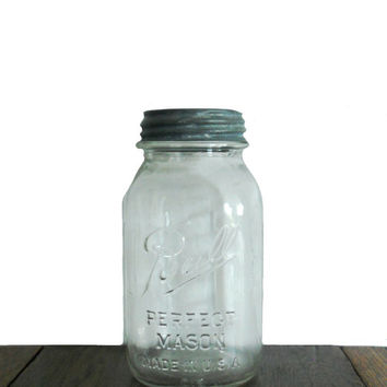Vintage Ball Jar Mason with Original Zinc Lid - Clear Glass - One Quart Capacity Size - Measurement Guide - Made in USA