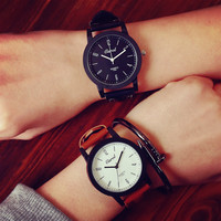 Comfortable Vintage Fashion Quartz Classic Watch Round Ladies Women Men wristwatch On Sales = 4662289668