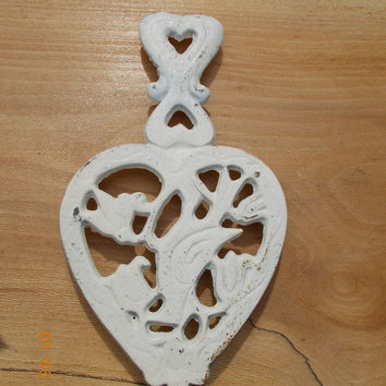 Shabby Chic Painted Antique White Cast Iron Kitchen Trivet Heart Wall Hanging Decoration Silhouette black silhouette Vintage Housewares