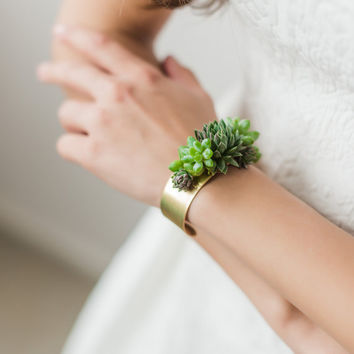 Cuff bracelet | statement bracelet | corsage | brass jewelry | floral jewelry | accessories | Bridesmaid gift