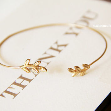 Gold Leave Bracelet, Wire Bracelet, Cuff, Bracelet Cuff, Leave, Holiday Gifts, Dainty Leaves Cuff, Arm Accessories, Body Jewelry