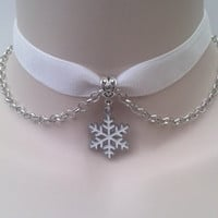 White SNOWFLAKE Charm With Chain  -  WHITE 16mm Velvet Ribbon Choker Necklace -mm... or choose another colour velvet :)