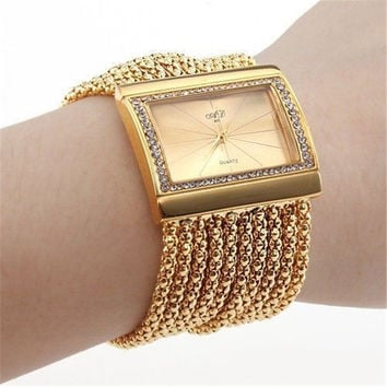 Hot Men and Women Casual Bracelet Watches IPG Plated Gold Bracelet Ladies Watch C0750