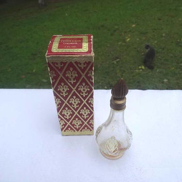 1970s Vintage Avon Cotillion Traditional Cologne Bottle in Original Box, Gold Cap, .5 Oz. NO Content, Vintage Vanity Avon, Vintage Fragrance