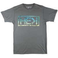 ELEMENTS TEE IN CHARCOAL | HE>i