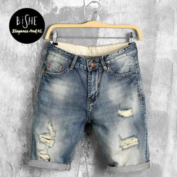 Boys Loose Fit Thigh Shorts Jeans 2017 Summer Newly Designed Large Size Male Five Pants Hole Denim Trousers