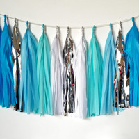 Ombre Frozen Blue Tassel Garland - Party Decoration // Wedding Decor // Nursery Decoration