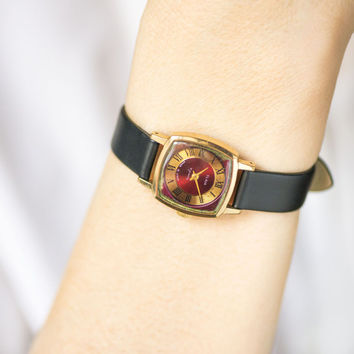 Copper burgundy women watch, square lady's wristwatch 70s, modern ladies watch gold plated, girlfriend gift watch, new premium leather strap