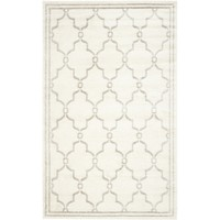 8' x 10' Indoor/Outdoor Area Rug in Ivory & Light Gray