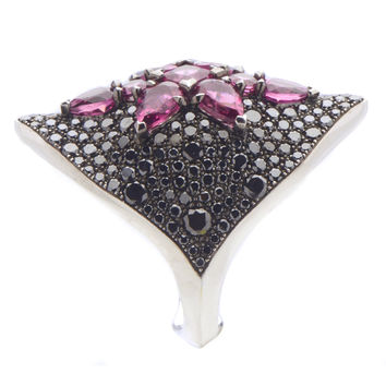 Stephen Webster Belle Epoque 18K White Gold Black Diamond & Rubellite Ring