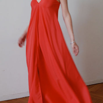 Coral long maxi dress / party dress with v front by MuguetMilan