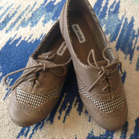 Not Rated Oxford Street Shoe - Houndstooth Taupe