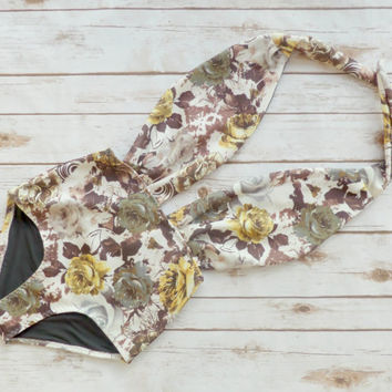 Swimsuit High Waisted Vintage Style One Piece - Retro Pin-up Backless Maillot -Pretty Yellow White Rose Printed Floral Bathing Suit Swimwear