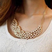 Gold Faux Pearl Pendant Necklace