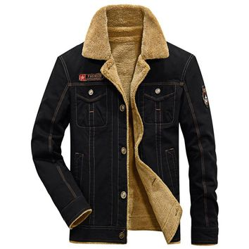 New Military Bomber Jackets Men Cotton Thick Fur Collar Army Denim Air Force Tactical  Outwear Winter Jackets Men Warm Coat 5XL