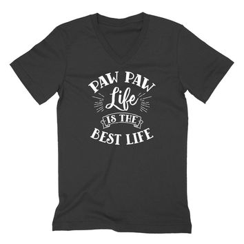Paw paw life is the best life  gift for grandpa grandad daddy cute  V Neck T Shirt
