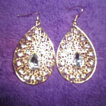 WOMAN'S GOLD TEAR SHAPE WITH WHITE CRYSTALS EARRINGS;GOLD PLATED;PIERCED; DANGLE