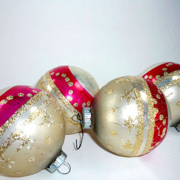Set of 4 Vintage Christmas Ornaments Shiny Brite Red Pink Gold Mercury Glass Glittered Silvered Striped Set of 4