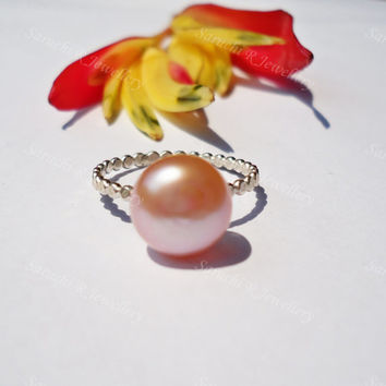 Pearl Ring, Rose pearl ring, silver ring, modern jewellery, beaded ring, unique ring, handmade ring, elegant jewellery,gift for her