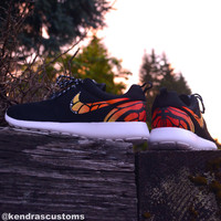 Roshe custom hand painted monarch butterfly women's size 9 nike rosherun shoes