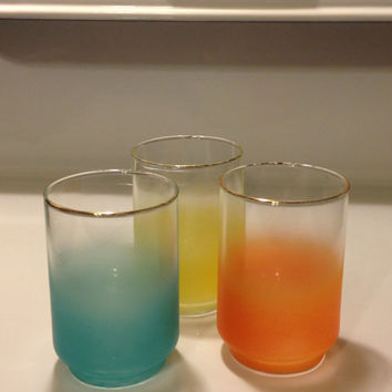 Vintage Libbey Blendo Tumblers 10 oz Set of 3 1970s Airbrushed Design Retro Summer Glassware