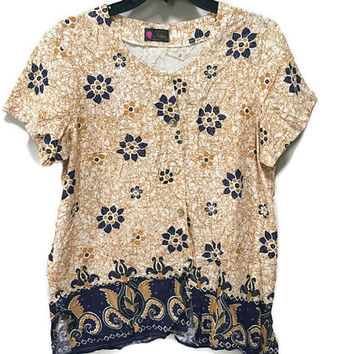 Vintage Ethnic Top, Faux Batik Blouse XL Short Sleeve Boho Top Blue Beige Indonesian Print Boho Ethnic Shirt 1960s Hippie Blouse plus size