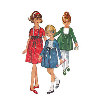 """1960's Simplicity 6603 Girl's Dress with Square Neckline Size 6 