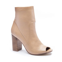 TALK SHOW LEATHER HEELED BOOTIE