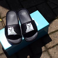 RIPNDIP says the cat cat lovers refers to fashion slippers