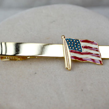 American Flag tie pin // Patriotic Star And Stripes American Flag Tie Clip