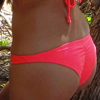 Scrunch Bum Bottoms- Haute Coral