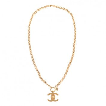 Chanel Vintage Extra Large CC Turnlock Gold Tone Pendant Necklace