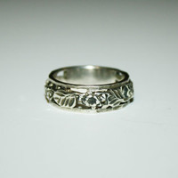 Flower and Leaf Inspired Vintage Sterling Silver Ring Band Size  10 - free ship US