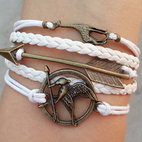 hunger games bracelet,arrow bracelet,giraffe,Mockingjay the Hunger games Inspired Charm Bracelet