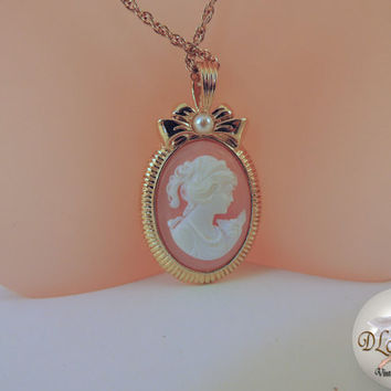 Avon Vintage Jewelry Cameo Necklace by DLSpecialties on Etsy