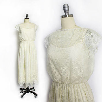 Vintage 1970s Dress - Lace Ivory Midi Boho Tablecloth Illusion Dress 70s - Small