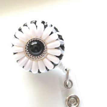 Black and White Flower Badge Reel, Changeable Badge Reel, Retractable Badge Reel