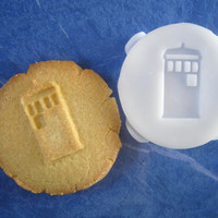 TARDIS inspired COOKIE STAMP recipe and instructions - make your own Doctor Who inspired cookies