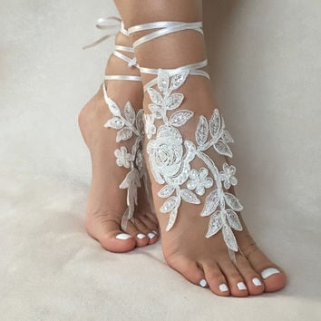 Free Ship ivory foot jewelry, lace sandals, beach wedding barefoot sandals, wedding bangles, anklets, bridal, wedding